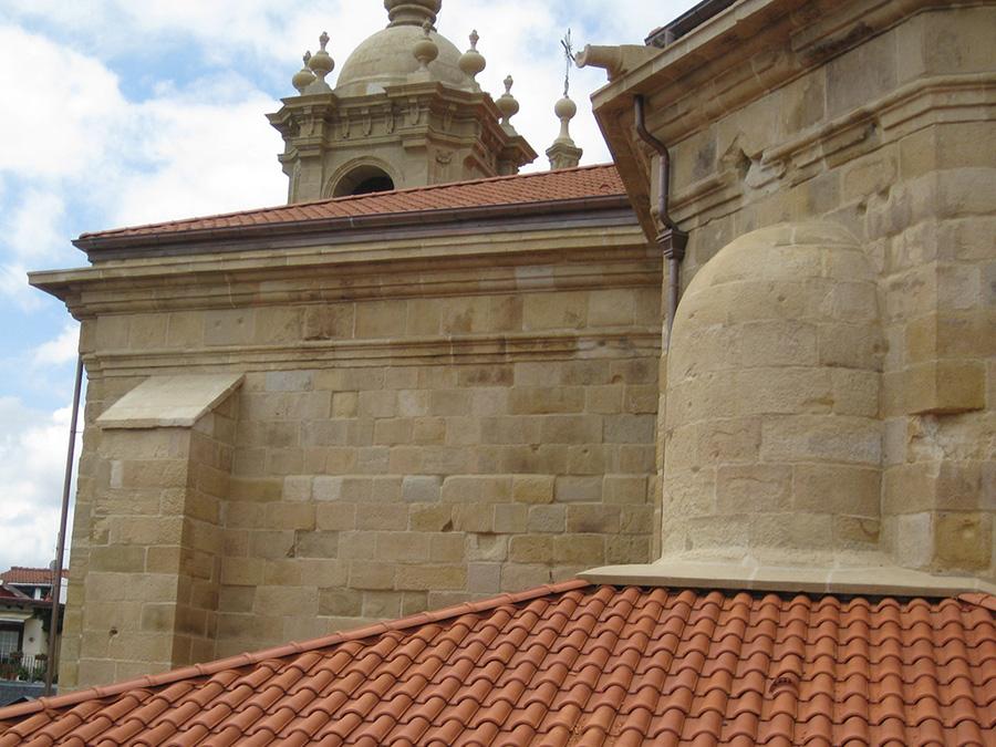 Muestra de la restauración de patrimonio arquitectónico en la iglesia, dentro de nuestro programa de restauración de patrimonio cultural
